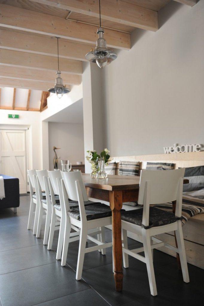 Ballumerhoeve woonkamer/eettafel Finn Lodge