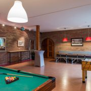 De Fluessen, recreatieruimte met poolbiljart en tafelvoetbal