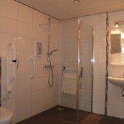 Lemmenhof rolstoeltoegankelijke badkamer