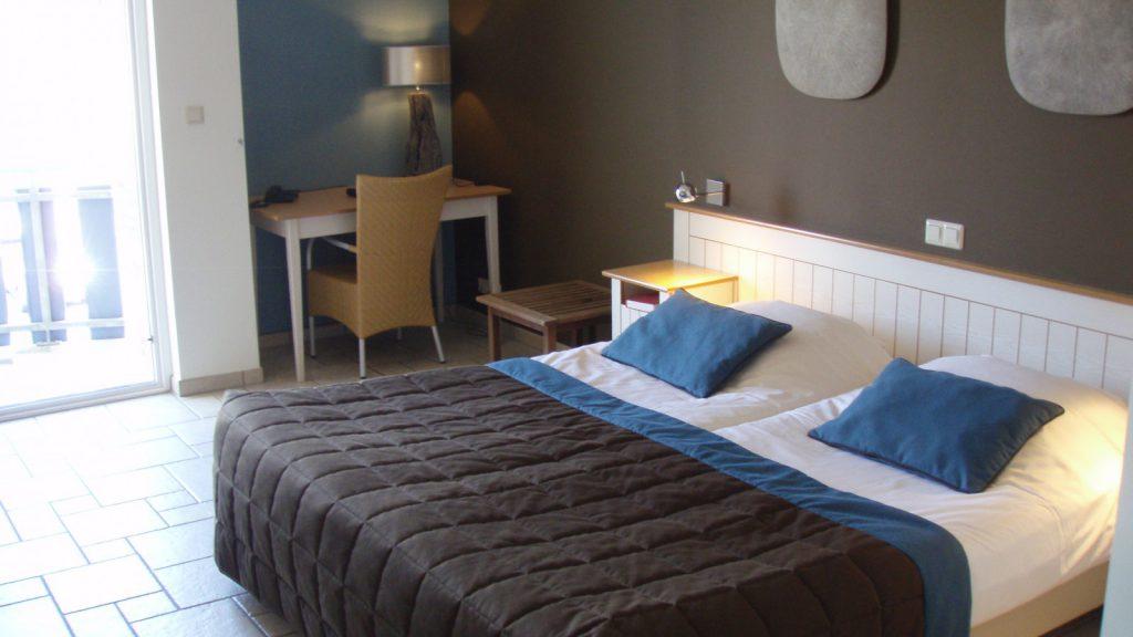 Er zijn veertig kamers bij hotel tesselhof waarvan drie met aangepast sanitair als wij onze - Blauwe kamer kind ...
