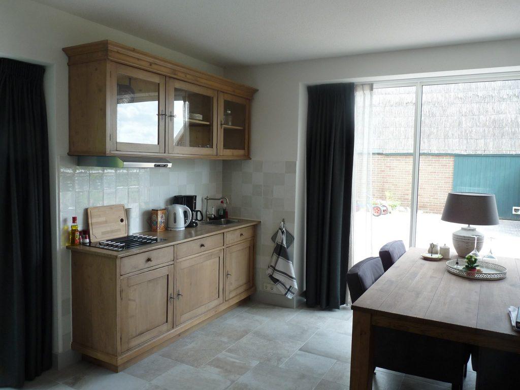 Bos-Inn, keukenblok