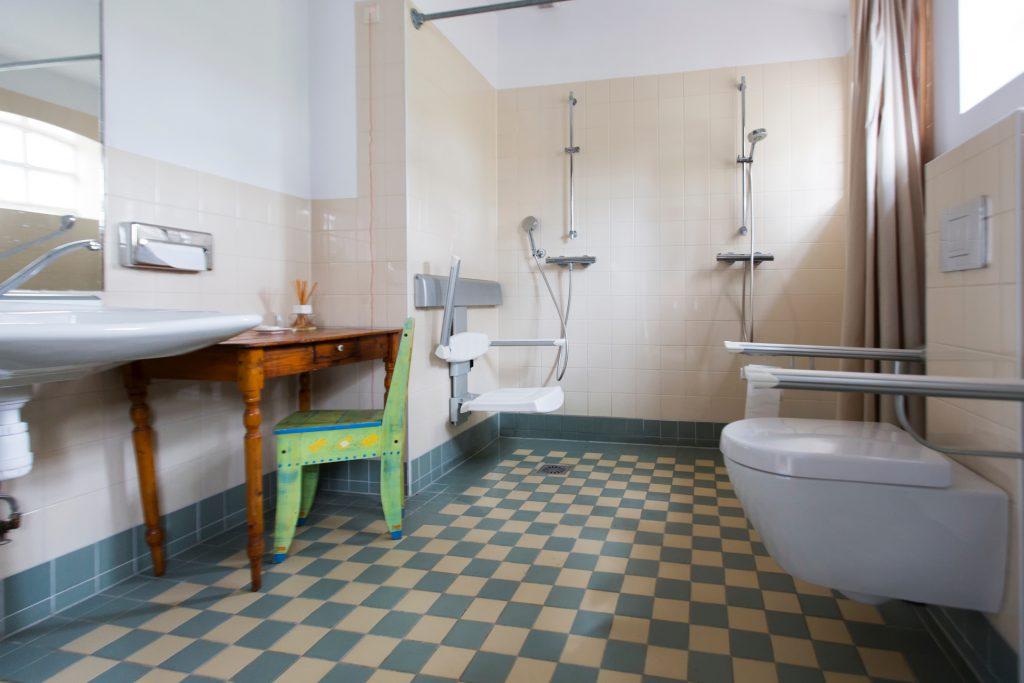 De Theeplaats, rolstoeltoegankelijk sanitair