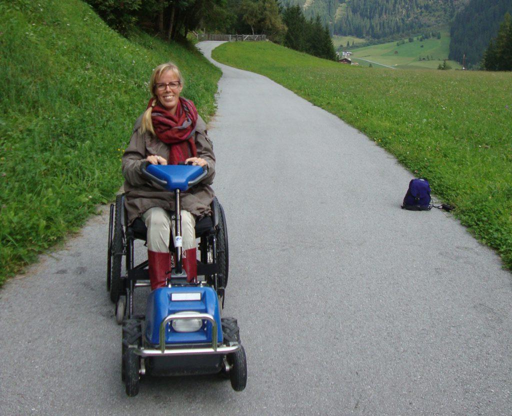 Eelke in de bergen met de Swiss-trac