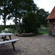 Schoonehof, buitenterras