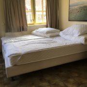 Schipsdune, slaapkamer 2 ruimte achter het bed