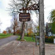 Boerderij Honswijck, bordje boerderij